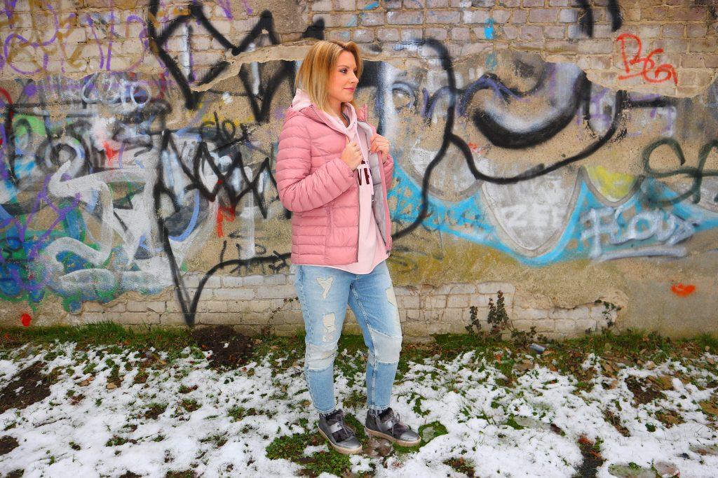 Ein Look mit der Trendfarbe Pink