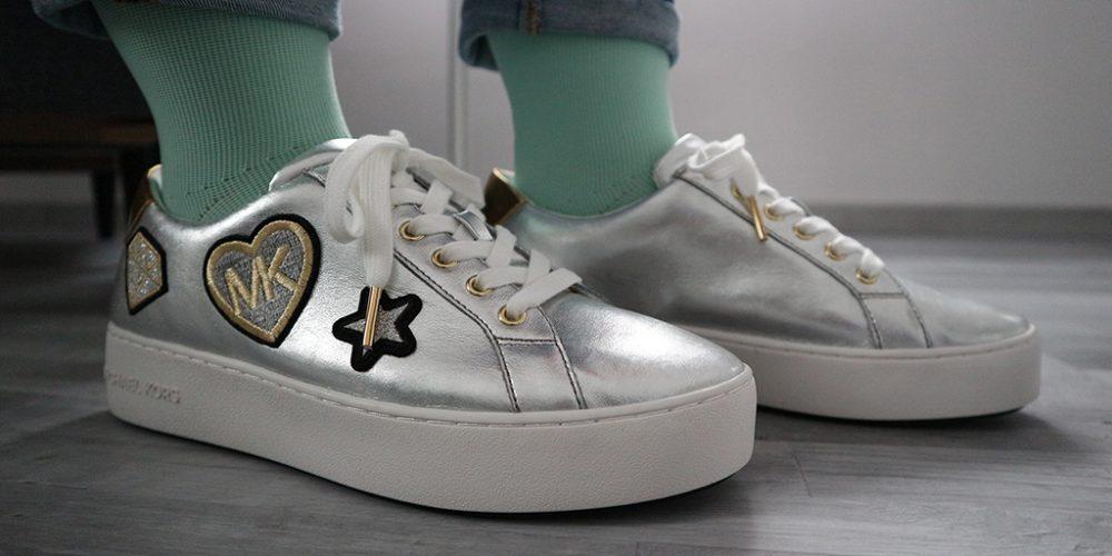 Schuhe und Kompressionsstrümpfe